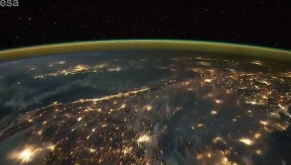 Молнии. Вид из космоса