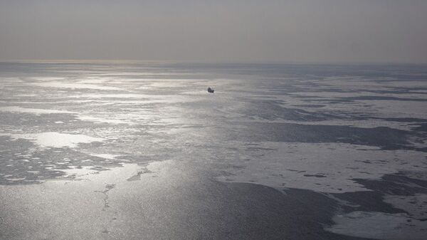Поиски моряка в Японском море сотрудниками ДВРЦ МЧС России