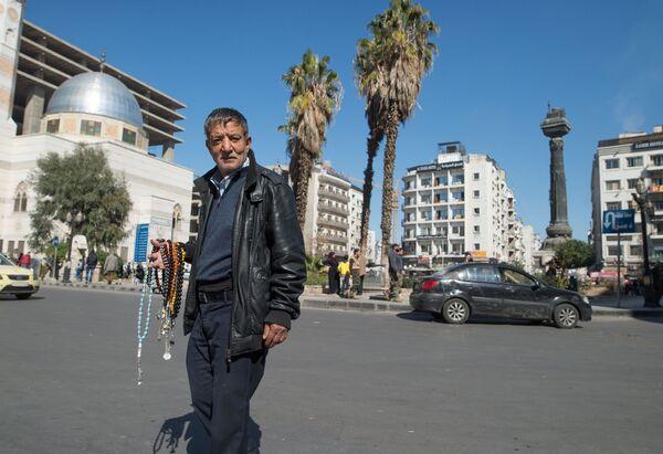 Уличный торговец в Дамаске