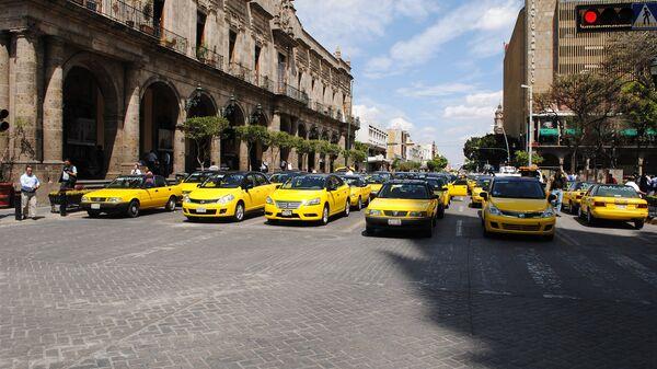 Акция протеста таксистов против Uber в Мексике