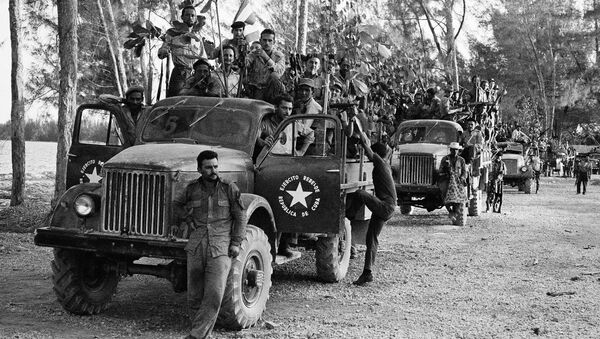 Отряд кубинской милиции в районе высадки американских военных в заливе Кочинос, Куба. Апрель 1961