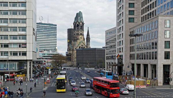 Мемориальная церковь кайзера Вильгельма на площади Брайтшайдплац в Берлине