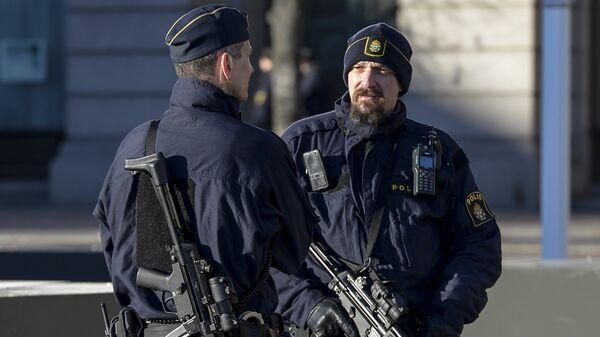 Вооруженные сотрудники шведской полиции. Архивное фото