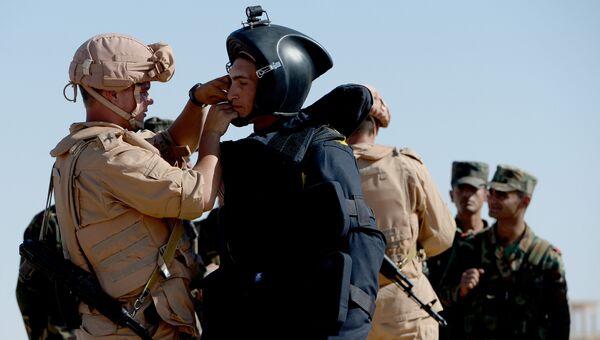 Российские военнослужащие обучают сирийских солдат поисковой тактике и обнаружению взрывных устройств в Пальмире. Архивное фото