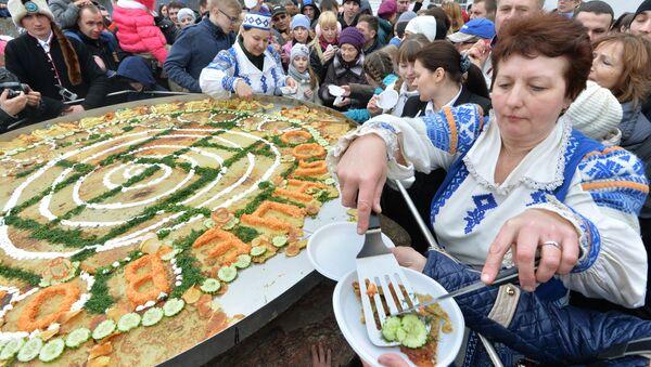 Белорусский народный праздник Зазывание весны