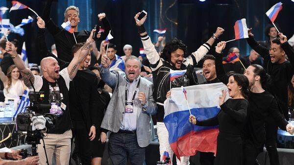 Сергей Лазарев с группой поддержки в первом полуфинале конкурса песни Евровидения-2016