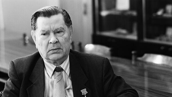 Герой Советского Союза Алексей Маресьев