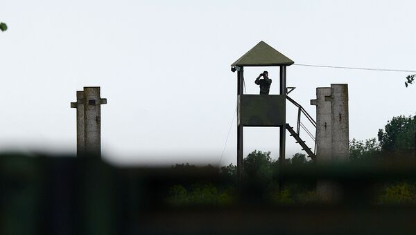 Сторожевая вышка на территории воинской части. Архивное фото