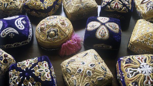 Узбекские тюбетейки. Архивное фото