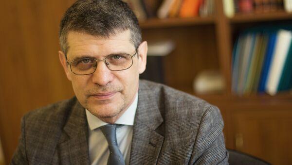 Директор Государственного литературного музея Дмитрий Бак. Архивное фото