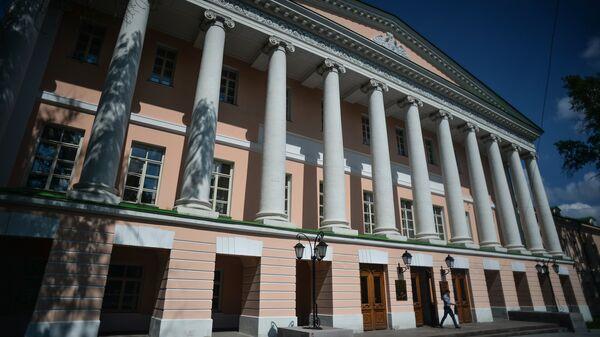 Здание Московской городской Думы на Страстном бульваре в Москве. Архивное фото