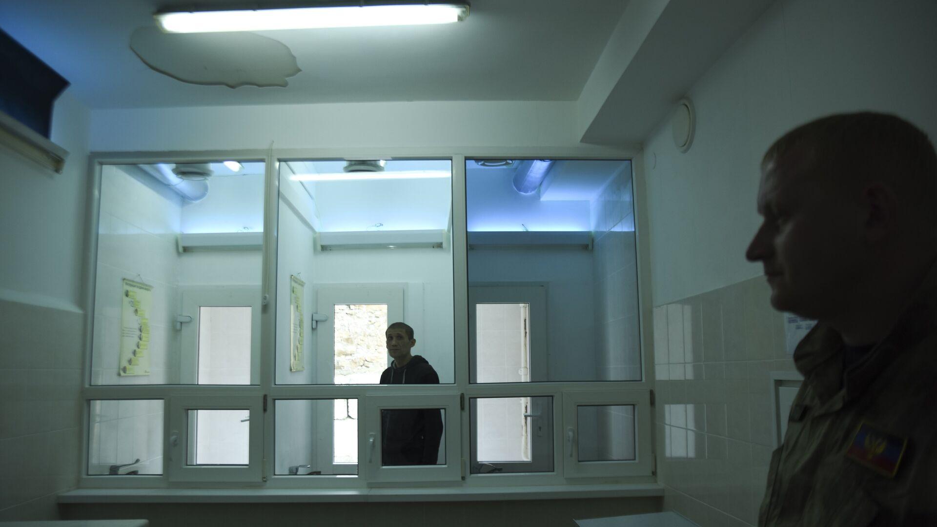 Заключенный в колонии в Ждановке, Украина - РИА Новости, 1920, 07.05.2021
