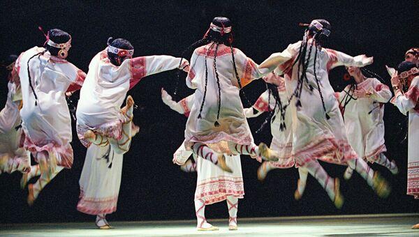 Сцена из балета Весна Священная в постановке Вацлава Нижинского. Архивное фото