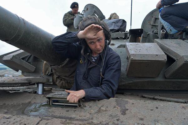 Открытие Всеармейского этапа конкурса Танковый биатлон и Суворовский натиск
