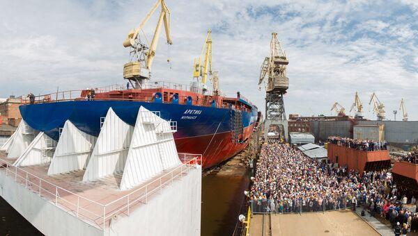 Церемония спуска на воду головного атомного ледокола проекта Арктика на Балтийском заводе в Санкт-Петербурге. Архивное фото