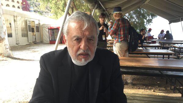 священник Американской архиепископии Александрос Карлуцос, член организационного комитета собора на Крите