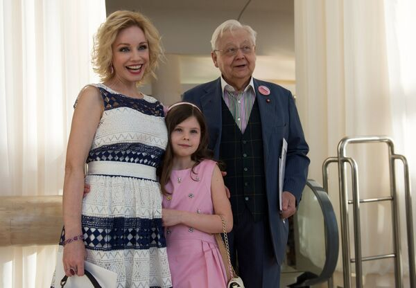 Художественный руководитель МХТ имени А.П.Чехова Олег Табаков с супругой актрисой Мариной Зудиной