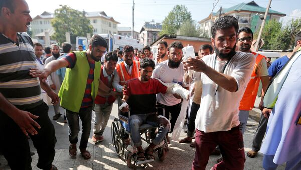 Пострадавший в результате беспорядков в Шринагаре