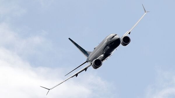 Авиалайнер Boeing 737 Max