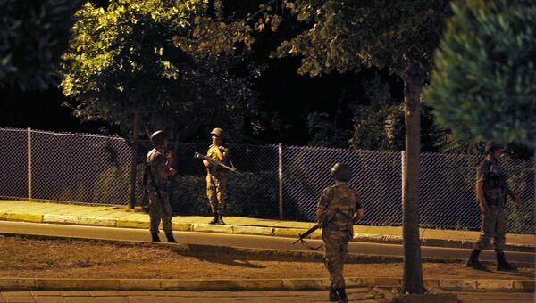 Военные в районе Азиатская сторона. Стамбул, Турция