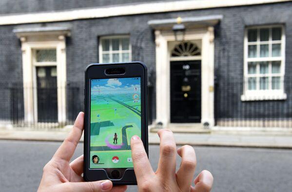 Игра Pokemon Go в Лондоне, Великобритания