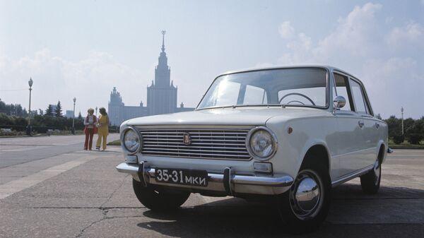 Автомобиль ВАЗ 2101
