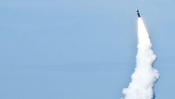 Запуск баллистической ракеты. Архивное фото