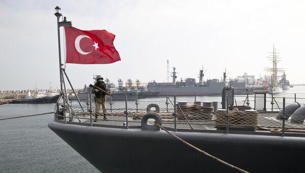 Турецкий военный корабль. Архивное фото