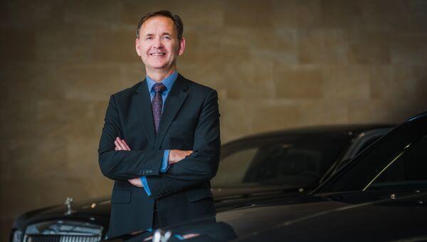 Региональный директор Rolls-Royce Джеймс Крайтон