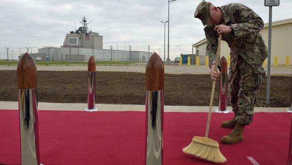 Американский военный на территории румынской военной базы в Девеселу. 2016 год