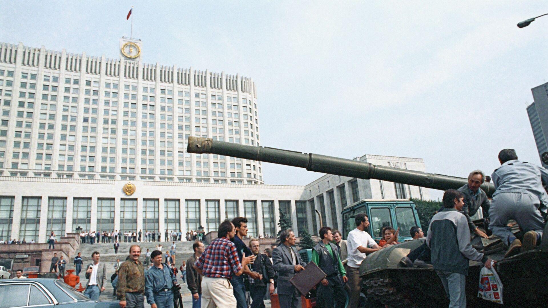 Жириновский назвал главных виновников провала ГКЧП