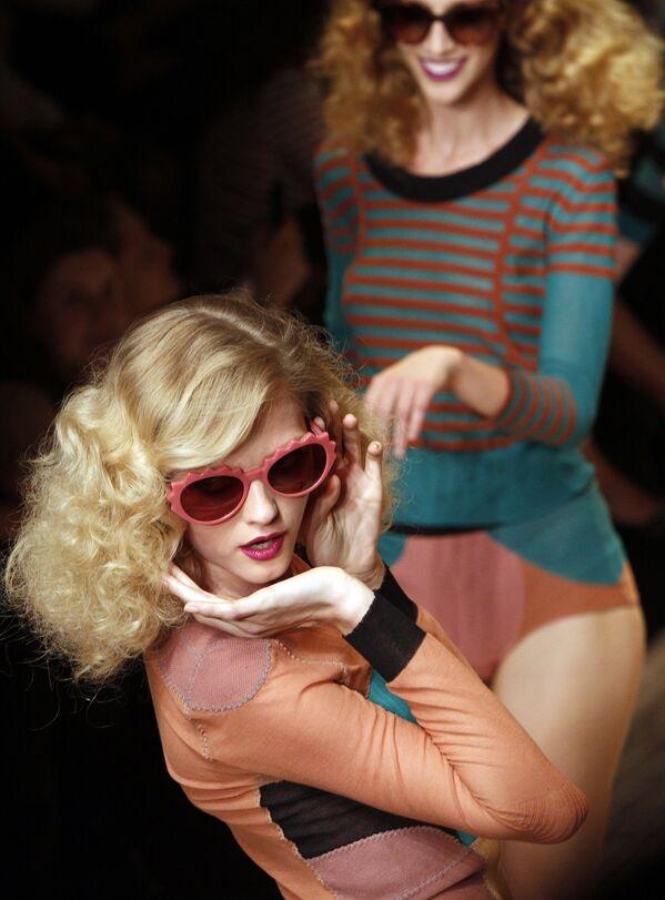 Соня рикель коллекция 2010 работа моделью по прическе