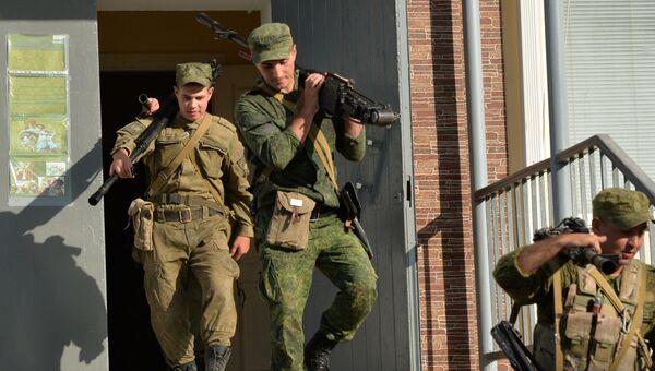 Подъем по тревоге личного состава танкового батальона для проведения тактических учений мотострелковой бригады