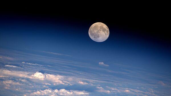 Полная Луна. Архивное фото