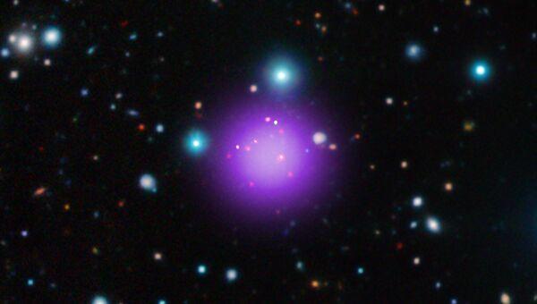 Древнейшее и самое далекое от нас скопление галактик CL J1001+0220 в созвездии Секстанта