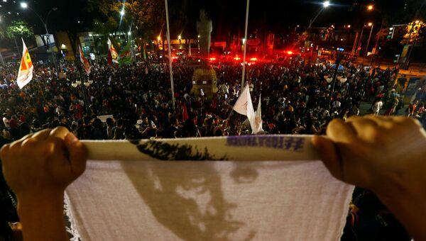 Акция протеста сторонников Дилмы Роусефф после объявления импичмента, Сан-Паулу. 31 августа 2016