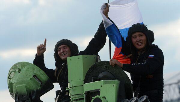 Экипаж танка Т-72Б3 армии России. Архивное фото