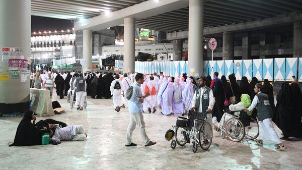 Паломники совершающие хадж прибыли в Мекку