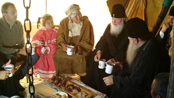 Патриарх Кирилл в оленеводческой бригаде на Чукотке