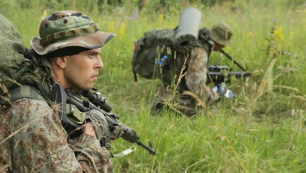 Военнослужащие Центра специального назначения войск национальной гвардии РФ во время учений. Архивное фото
