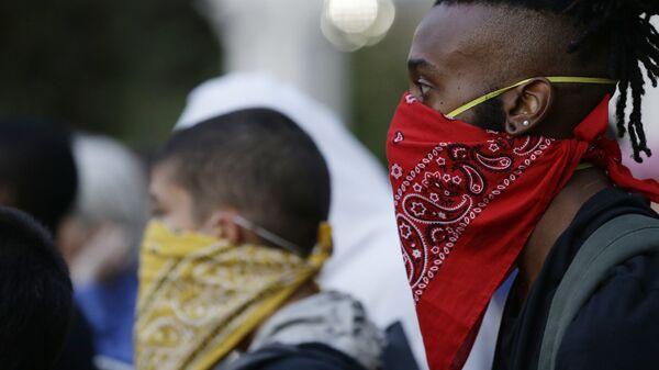 Демонстранты во время акции протеста в Шарлотт, штат Северная Каролина