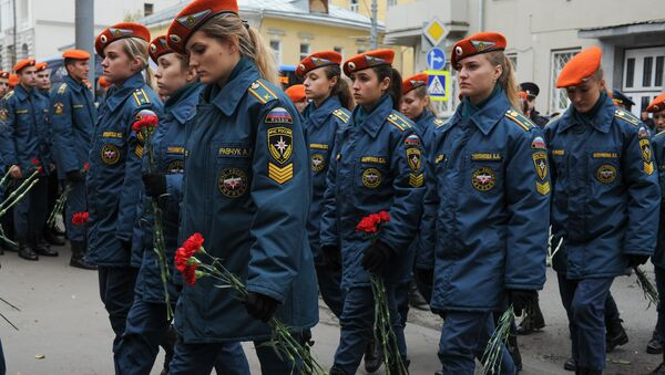 Церемония прощания с погибшими при тушении на складе пожарными в Москве. 27 сентября 2016