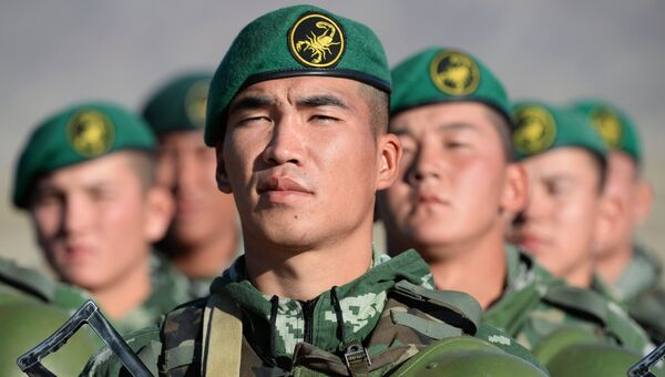 Военнослужащие киргизской армии. Архивное фото