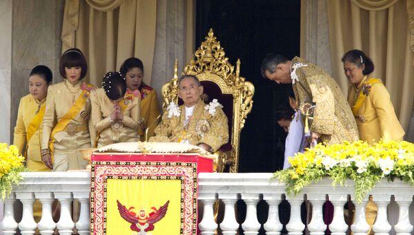 Король Таиланда Пхумипон Адульядет. Архивное фото