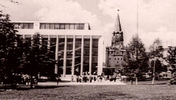 Чужой среди своих: как Никита Хрущев достраивал Московский Кремль. Архив