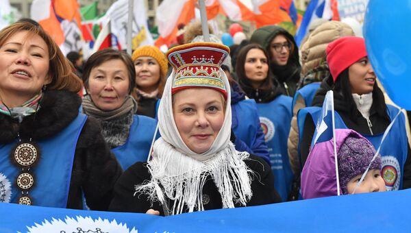 Секретарь Общественной палаты  Александр Бречалов надеется, что и митинг-концерт Мы едины!, и праздничное шествие, которые проводятся в Москве уже второй год подряд, станут ежегодными мероприятиями и будут проходить не только в столице.