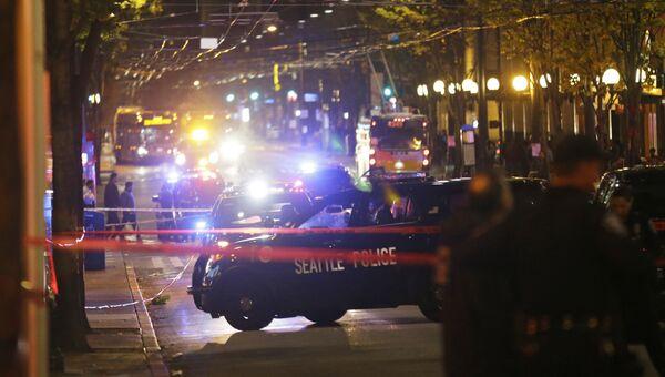 Полицейские на месте стрельбы в Сиэттле. 9 ноября 2016