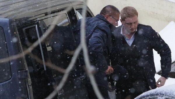 Министр экономического развития РФ Алексей Улюкаев, задержанный по подозрению в получении взятки, в Басманном суде