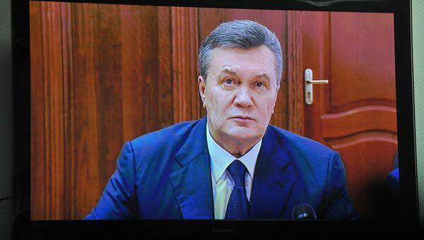 Допрос Виктора Януковича в режиме видеоконференции. Архивное фото