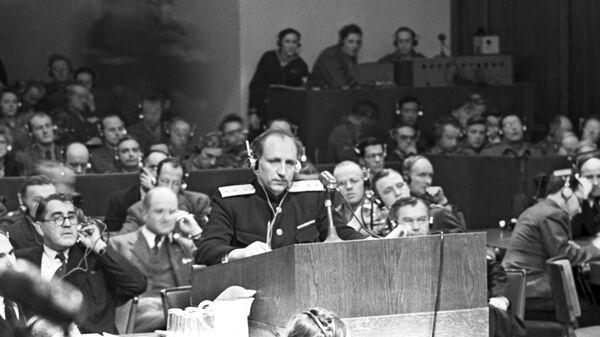 Главный обвинитель от СССР генерал-лейтенант Роман Андреевич Руденко во время выступления на Нюрнбергском процессе